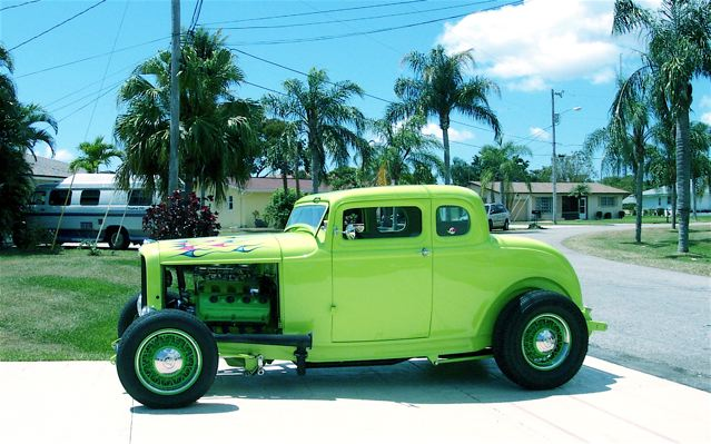 1932 Ford 5-Window Coupe, Limefires
